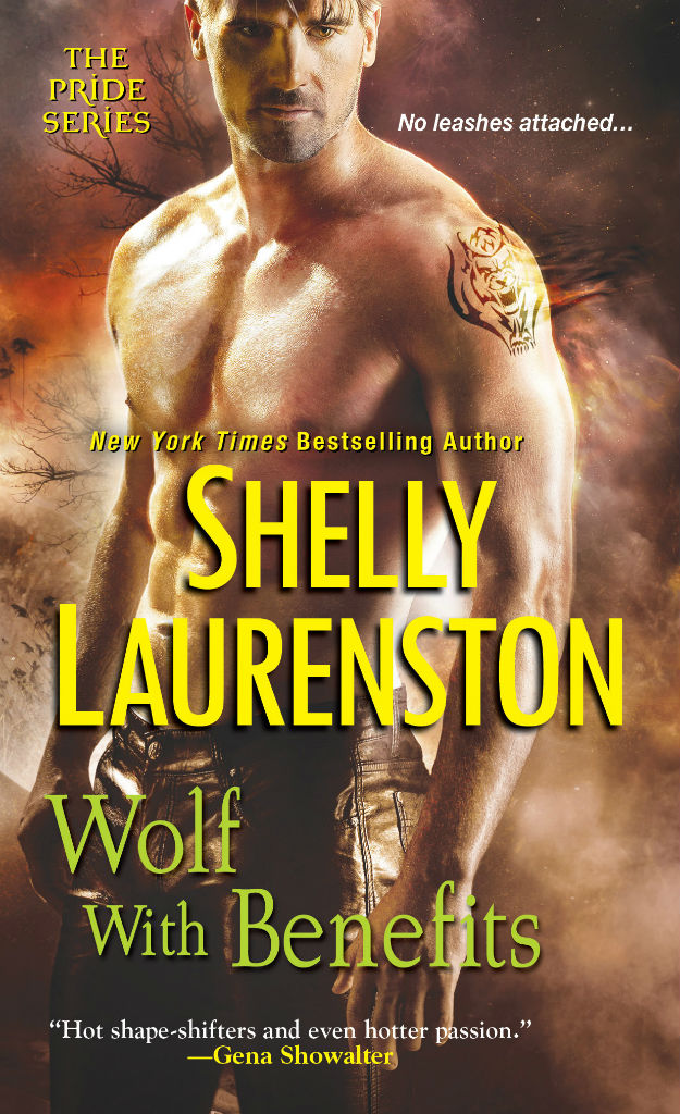 Book Cover for Wolf with Benefits, mass market edition